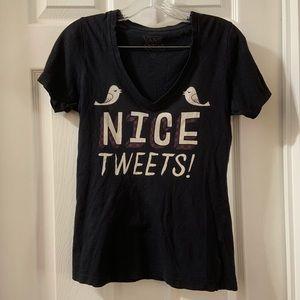 """Vans Black """"Nice Tweets"""" Graphic V Neck Tee XS"""